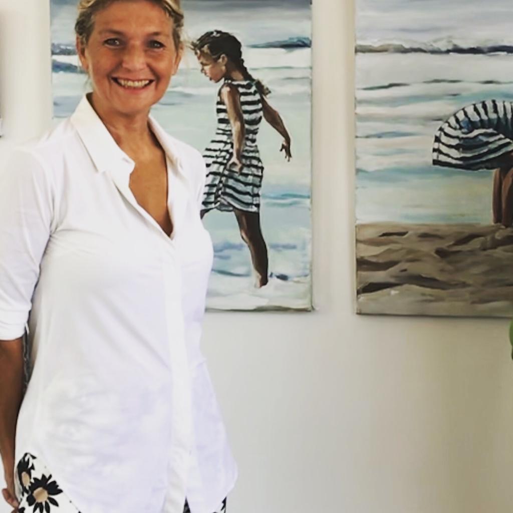 kunstenares Zaltbommel Karen de Bondt voor 2 schilderijen